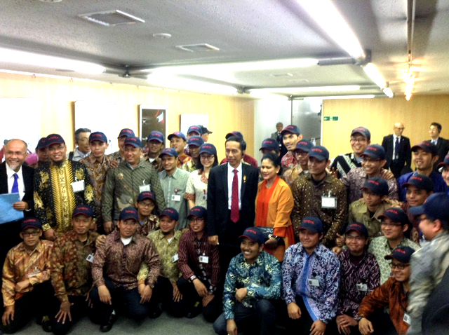 The President of Republic of Indonesia, Mr. Joko Widodo 's visit to Toyota
