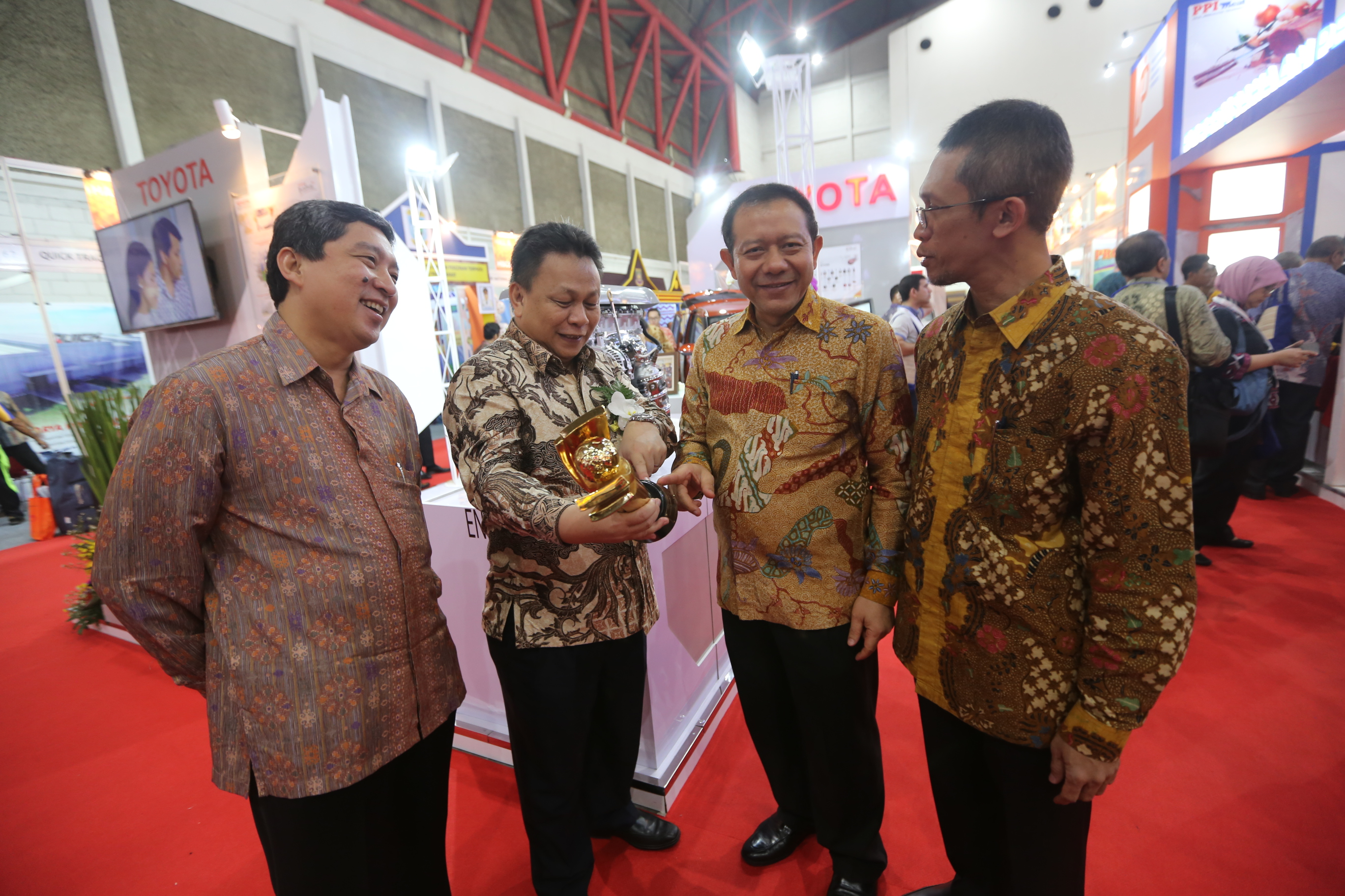 Toyota Indonesia once again winning the primaniyarta award