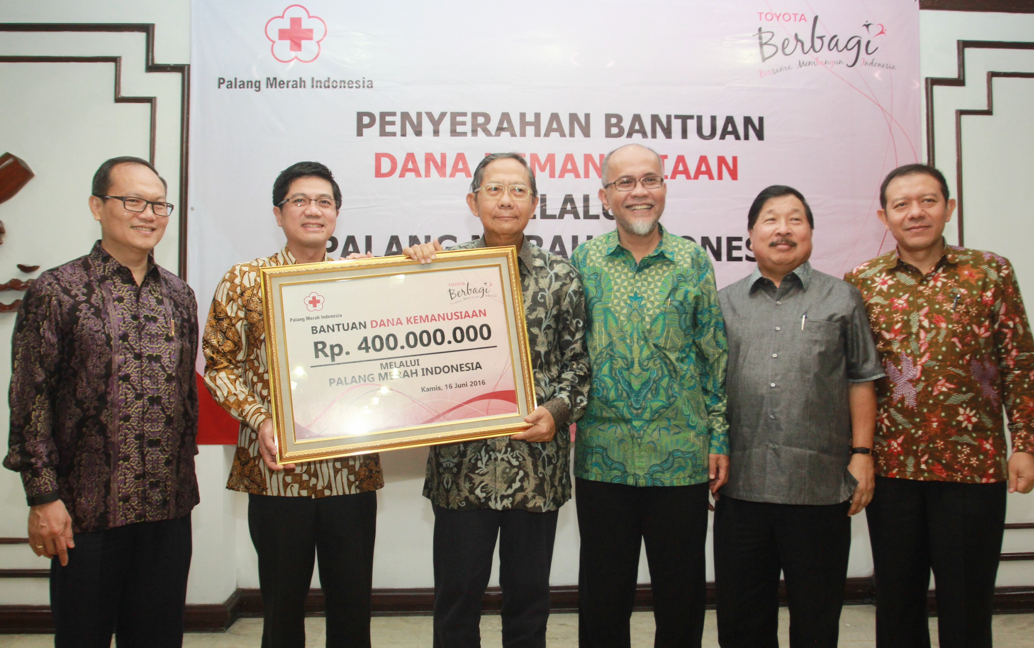 Toyota support the humanitarian activities through PMI
